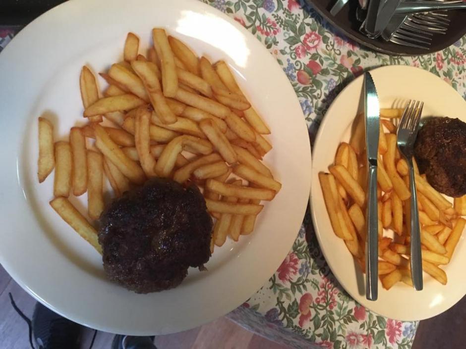 Vrijdag 1/9: Bal gehakt met frites