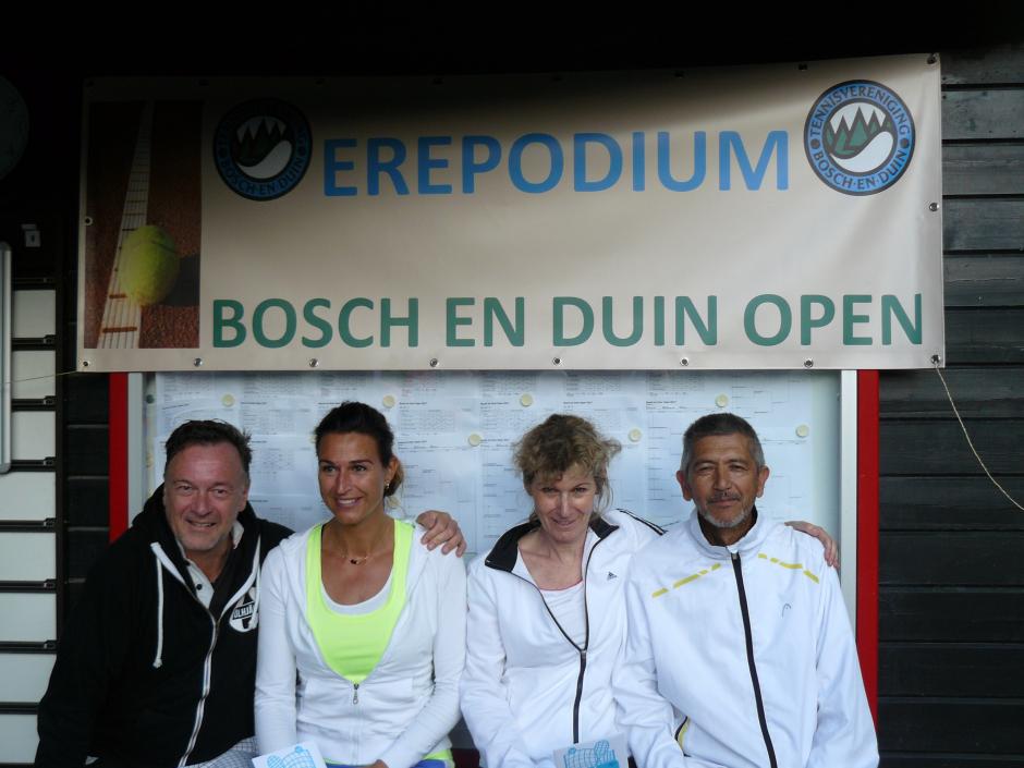 GD 35 D . Desiree Schoonen en Roland Schoonen 2 Els Overtoom en Gus Ingram